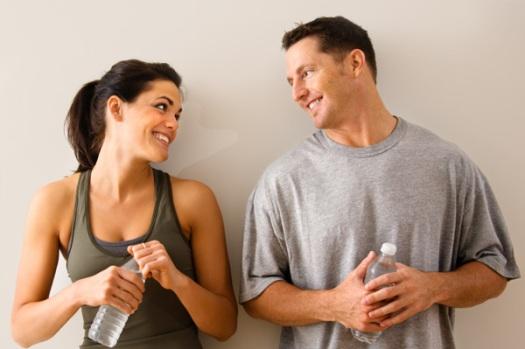 Kommunikációs érdekesség: A boldog emberek minőségibb beszélgetéseket folytatnak