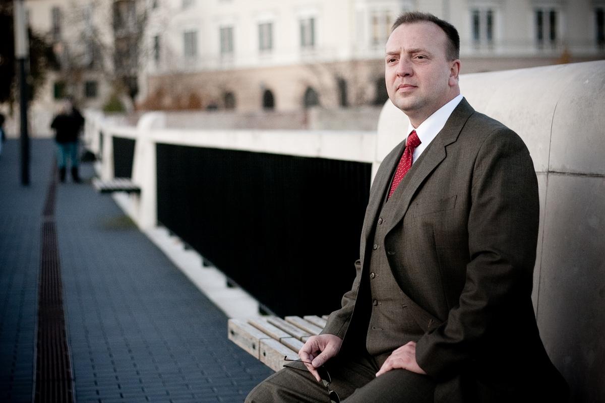 Varga Zoltán . NLP - tréner, coach kommunikációs szakember